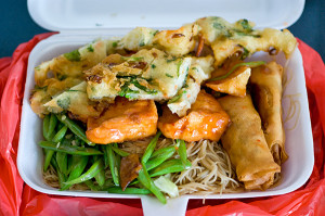 Vegetarian bee hoon with assortment of toppings, S$2.80