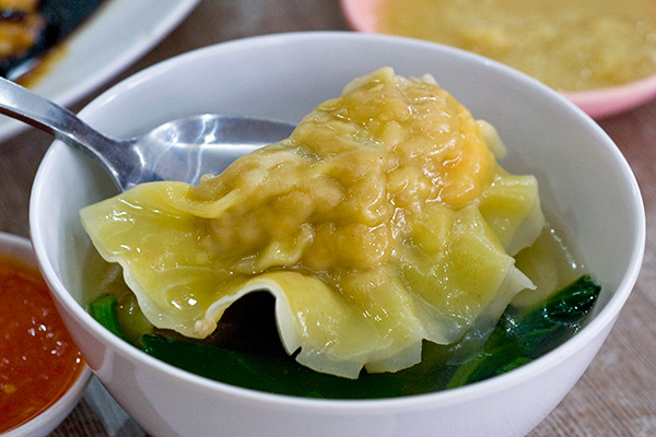 Shrimp dumpling in soup