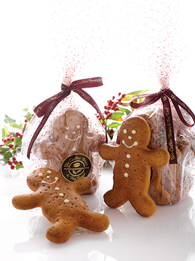 CBTL-Christmas-2013-Holiday-Cakes---Festive-Gingerbread-Man