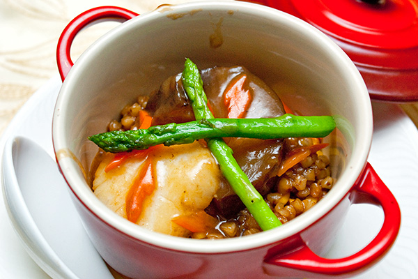 Braised Sea Cucumberand Scallop with Barley in Special Sauce