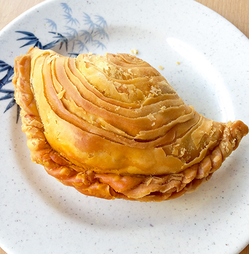 Soon Soon Huat's crispy curry puff.