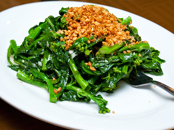 Stir-fried kailan